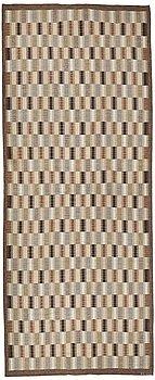 205. Brita Grahn, A CARPET, flat weave, ca 879,5 x 355 cm, signed B Grahn (Brita Grahn).