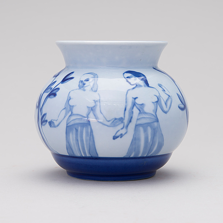 Lea Von Mickwitz A Porcelain Vase Signed Lm Arabia 1920s30s