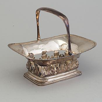 KORG med handtag, silver, G. Håkerberg, Växjö 1840.