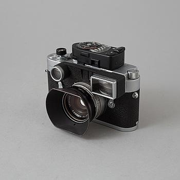 KAMERA, LEICA M3, nr 1038140, Wetzlar, Tyskland, 1961. Med Simmilux 1:1,4/35 med sökarsats.