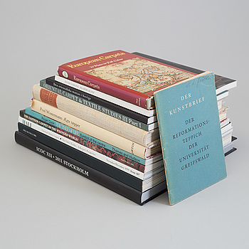 BOOKS AND BOOKLETS, 11 pieces, subject: Oriental carpets and related topics.