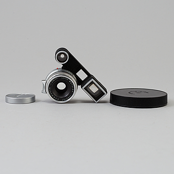 LEICA CAMERA AG (ERNST LEITZ), A Chrome Leica Summaron 1:2,8/35, nr 1782151, Ernst Leitz, Wetzlar.
