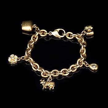 A CHOPARD BRACELET, 18K gold, brilliant cut diamonds.