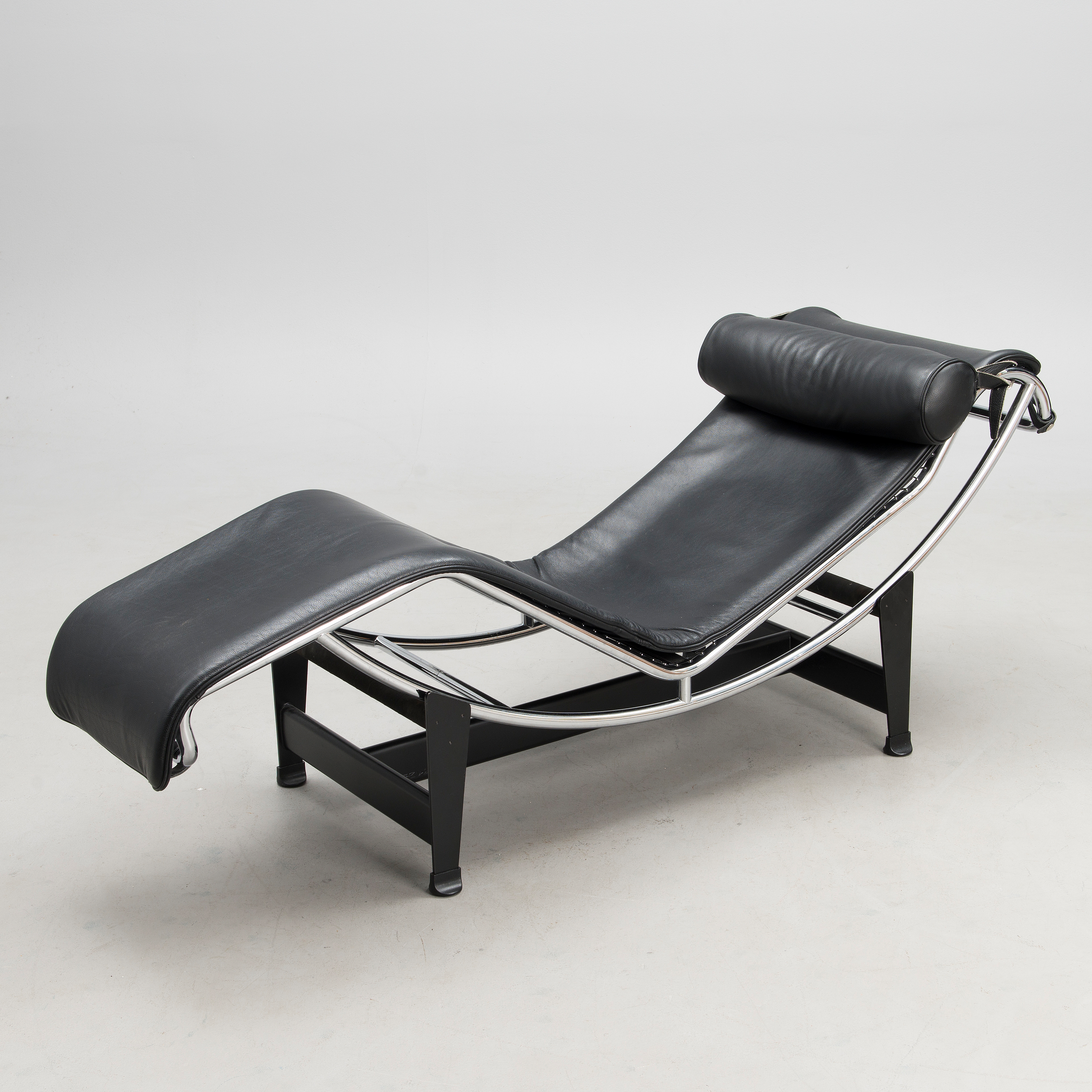 LE CORBUSIER, Le Corbusier, LC4 Chaise Longue, Cina, Italy ... on chaise sofa sleeper, chaise recliner chair, chaise furniture,
