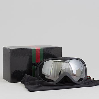 A pair of Gucci model GG 1653 M00502 ski goggles.