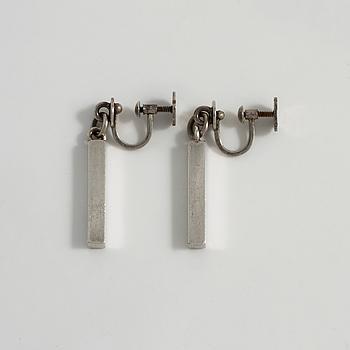 WIWEN NILSSON, Lund, 1953, a apir of earrings.