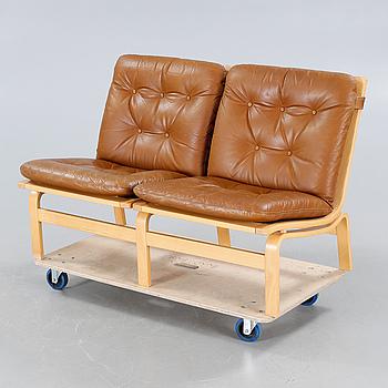 KARL ERIK EKSELIUS, soffa, JOC, Vetlanda, 1900-talets andra hälft.