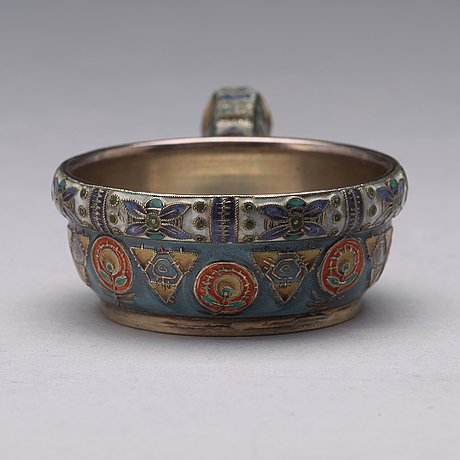 A fabergé / feodor rückert silver-gilt and enameled kovsh, marked fabergé, moscow 1908-1917.