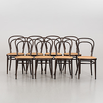 A set of 8 Thonet chairs from 1979.