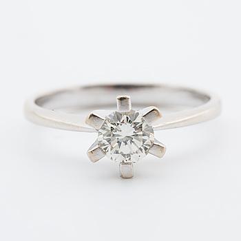 RING, med briljantslipad diamant ca 0.50 ct.
