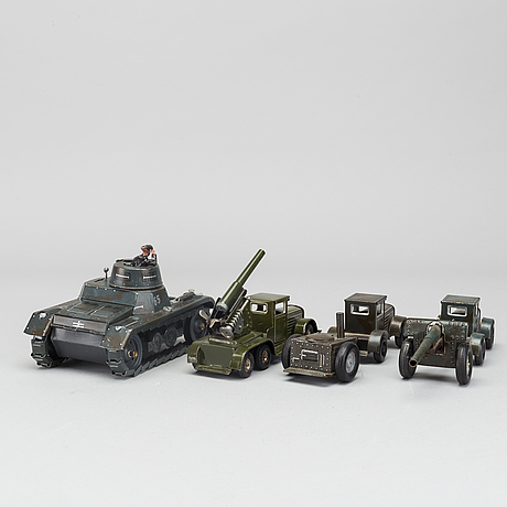 A set of 3 +1 military vehicle probably tipp & co and gama tank 1930/40' s germany.
