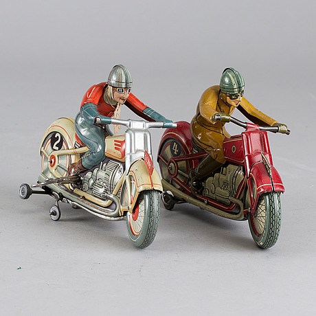 """Two technofix motorcycles, lithographed plates, """"yz 243"""" 1938 and  """"no 255"""" """"stürzender motorfahrrad"""" us zone ca 1950"""