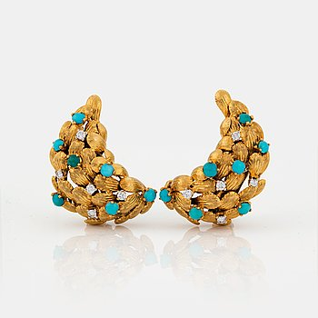 768. A PAIR OF EARRINGS set with turquoises and round brilliant-cut diamonds.