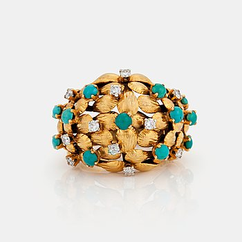769. A RING set with turquoises and round brilliant-cut diamonds.