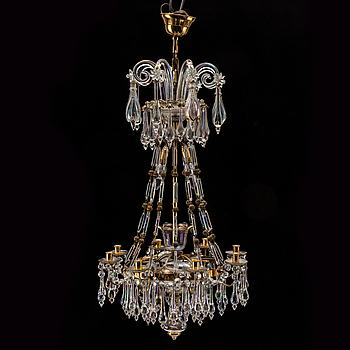 Ljuskrona, eklektisk stil, modern tillverkning.