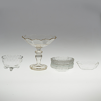 A set of three glass serving dishes and 10 dishes, first half of 20th Century.