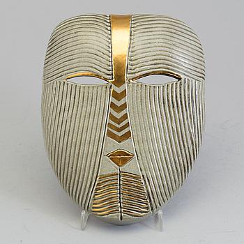 LISA LARSON, mask, keramik, signerad Lisa L. K-Studion Gustavsberg Sweden.