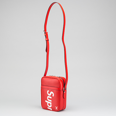 "Sidebag ""supreme"", ""danube pm"", louis vuitton 2017."