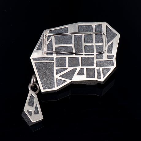 """Hanna ryynÄnen, brosch, """"vinterträdgård"""", diabas, silver, 2013"""
