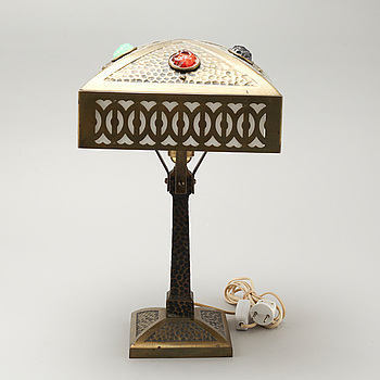 A jugend table lamp, early 20th century.