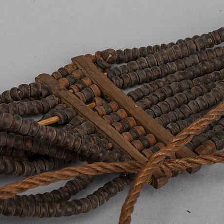 Halsband / betalningsmedel, salomonöarna, 2 st.