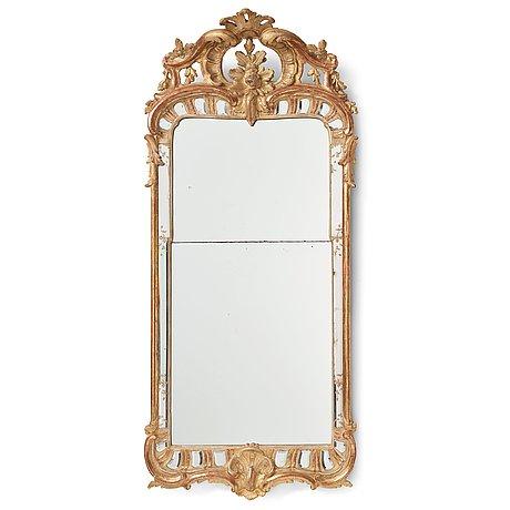 Spegel, stockholmsarbete, 1700-talets mitt i ehrhart göbels art, rokoko.