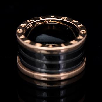 RING, Bulgari, B.zero1, 18k guld, svart keramik.