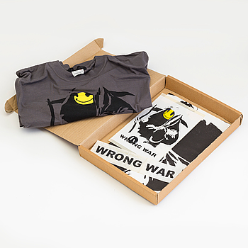 "JEFF GRIFFIN X BANKSY ""Wrong war box"", 2 posters, sticker, badge, sweatshirt."