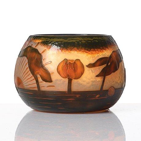 A daum art nouveau cameo glass, 'martelé,' bowl, nancy france.