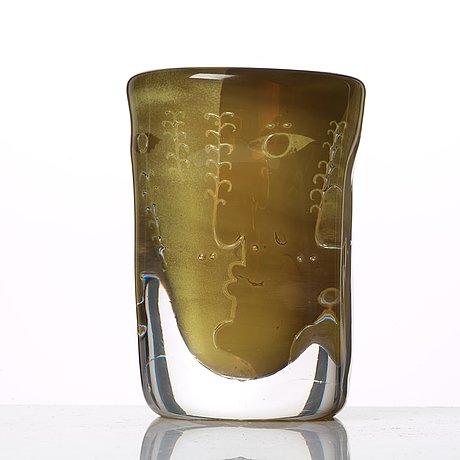Ingeborg lundin, an 'ariel' vase, 'faces', orrefors, sweden 1969.