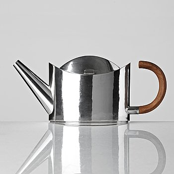 103. Sigurd Persson, a sterling teapot, Stockholm 1999, executed by Lars Munkhammar.