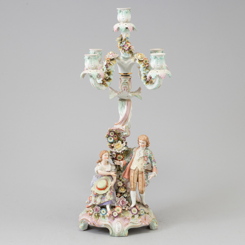A 20 th century rococo style porcelain chandelier bukowskis 10850002 bukobject arubaitofo Gallery