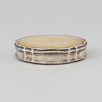 DOSA, silver och pärlemor, rokoko, 1700-tal.