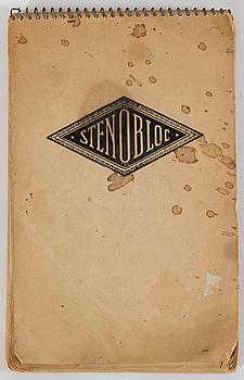 MAJ BRING, a sketch pad and book.