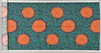 "VIOLA GRÅSTEN, TYG, ""Peonia"", handtryckt, ca 566 x 124,5 cm (full bredd 131 cm), Mölnlycke."