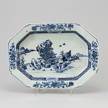 SKÅLFAT, porslin, Kina, Qianlong 1736-1795.