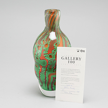 A glass vase by Helen Krantz for Orrefors Gallery 1998.