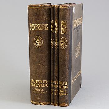 KATALOGER: Sonessons Hufvud-Katalog 1920, fyra volymer.