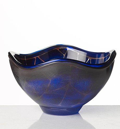Sven palmqvist, a 'ravenna' bowl, orrefors, sweden 1953.