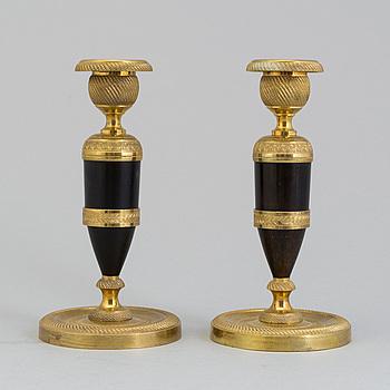 LJUSSTAKAR, ett par, empire, sannolikt Frankrike, 1800-talets första hälft.