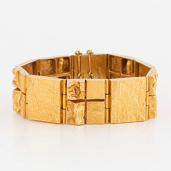 LAPPONIA, An 18K gold bracelet by Lapponia, Helsinki, Finland.