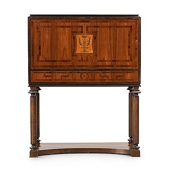272. NILS ÖFVERMAN, a Swedish Grace cabinet executed by cabinet maker L. Löfberg, Stockholm, ca 1930.