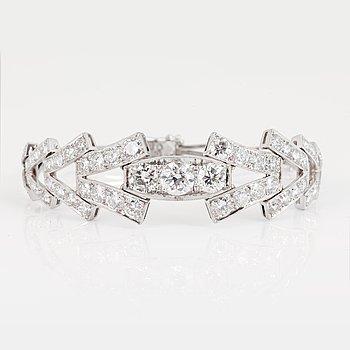 ARMBAND med briljantslipade diamanter. 598dab577c9e5