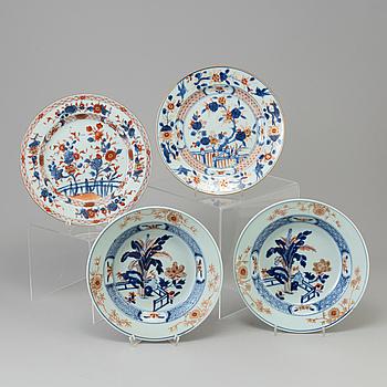 TALLRIKAR, 4 st, porslin, Kina, Qianlong (1736-95).