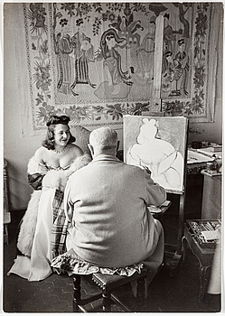 HENRI CARTIER-BRESSON, gelatin silver print stamped by the photographer and Magnum Photos Incorporated on verso.