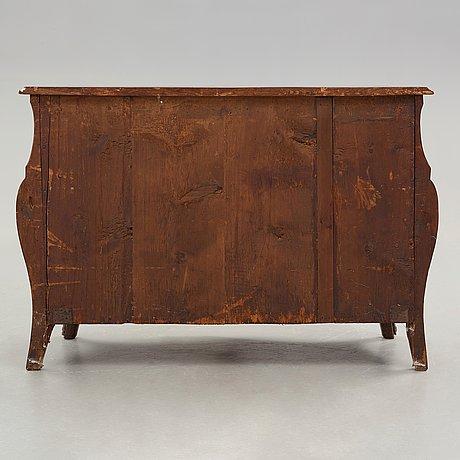 A swedish rococo 18th century commode.