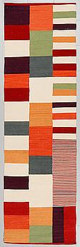 GALLERIMATTA, kelim, ca 385 x 81 cm.
