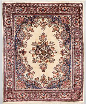 A carpet, Sarouk, around 305 x 247 cm.