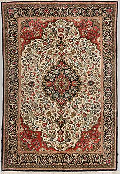 MATTA, Old silke Ghom sannolikt, ca 156 x 107 cm.