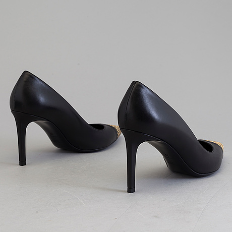 Pumps, saint laurent, storlek 39.